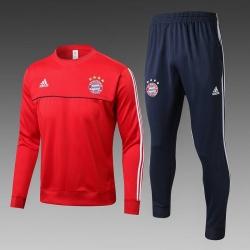 Теплый тренировочный костюм Bayern Munchen 2017 2018 красный