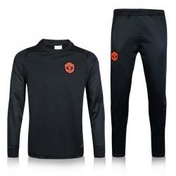Тренировочный костюм Манчестер юнайтед 2018 2019 серый