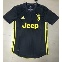 Новотехнологичная футболка Juventus пепельный